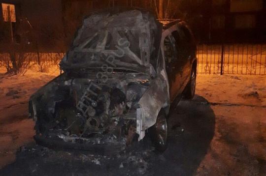Кадилак Escalade сожгли ночью вИркутске