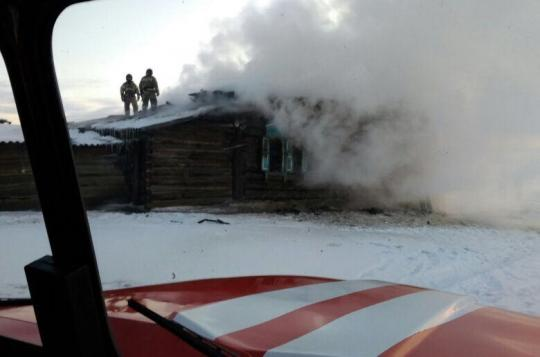 ВЭхирит-Булагатском районе впожаре погибли два человека