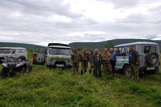 Лесники отыскали 2-х мужчин, которые заблудились всибирской тайге
